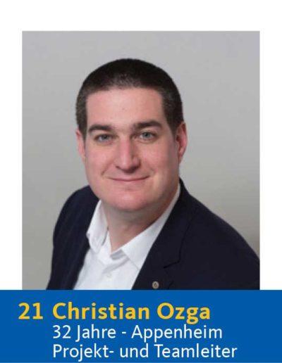 21 Christian Ozga